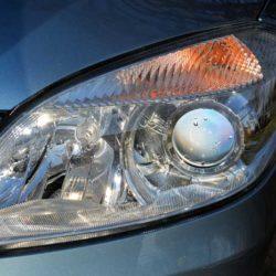 Kiedy i jakie używać światła w samochodzie i do czego służą pozycyjne